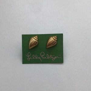 NEVER WORN Lilly Pulitzer Shell Earrings